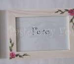 DOM- RAMKA na zdjęcia 02-drewniana biała 10x15 folkowe kwiaty róże różowe i zielone listki, pastelowa, shabby-01