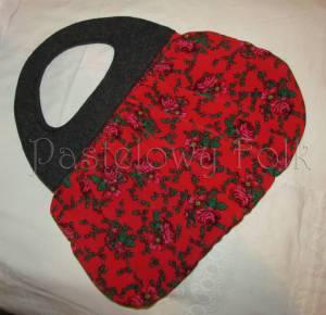ONA-torebka 02-duża filcowa góralska folk folkowa grafitowa szara czarny czerwone różyczki tybet marszczona -01
