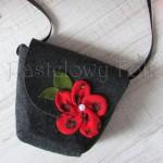 ONA-torebka 05- filcowa góralska folk grafitowa szara czarny czerwone różyczki kwiatki kwiat-01