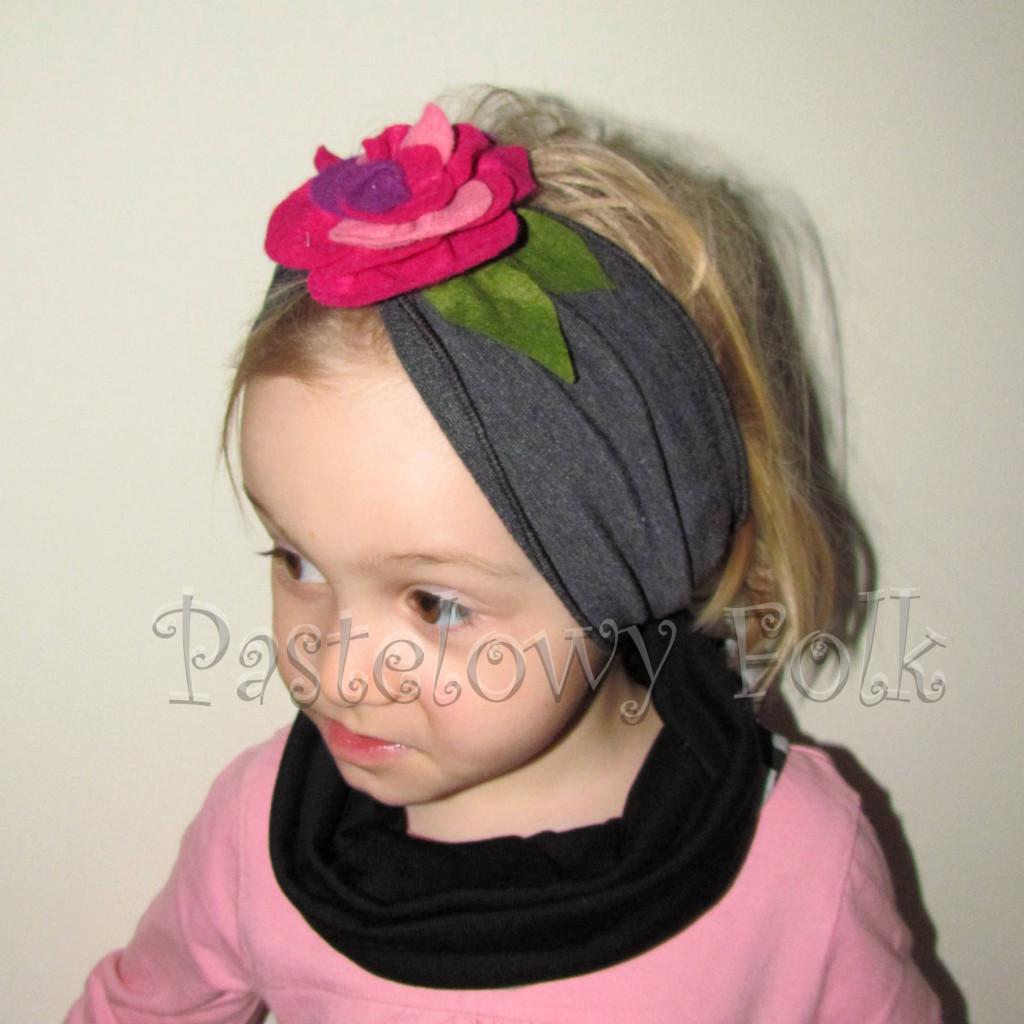 czapka dla dzieci 43-komin opaska grafitowa szara z różowym kwiatem filcowym, dziewczynka _01