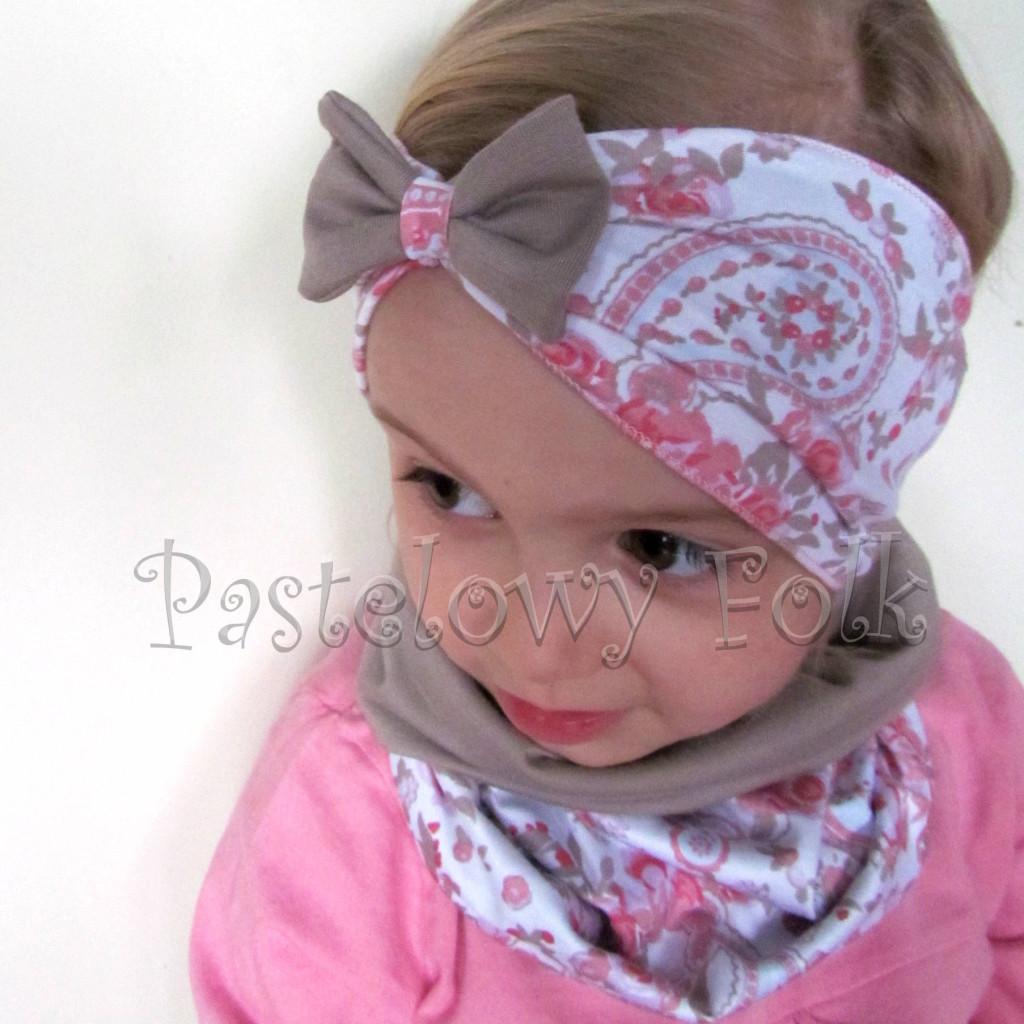 czapka dla dzieci 46-komin opaska komplet beżowa biała w róże jasnoróżowe folkowy wzór dziewczynka _04
