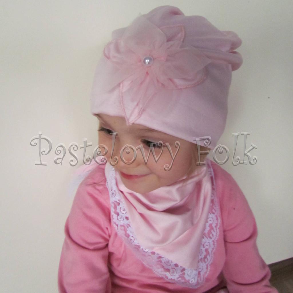 czapka dla dzieci 59- komin opaska komplet, jasnoróżowa z duzym retro kwiatemi,dziewczynka dzianina_031