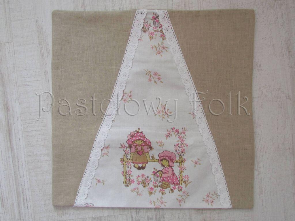 dom-poszewka na poduszkę 02 -40x40 cm lniana na zamek pastelowa koronka dziewczynki ogródek kwiatki beż brąz różowe-01