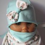dziecko-czapka 114- mietowa z pastelowa kokarda ecru w mietowe brazowe rozyczki, komplet komin chustka -01