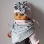 dziecko-czapka 120- brudny roz szary kwiat w biale kropeczki, dzianinowa niemowleca -02