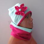 dziecko-czapka 128- mietowa z rozowym kwiatkiem fuksja ciemnorozowy -03