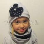 dziecko-czapka 18- szara, kwiatek granatowy w kropki białe, dzianinowa, komplet komin-04