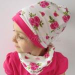 dziecko-czapka-186-biala-w-rozowe-roze-i-listki-fuksja-dwustronna-komplet-komin-03