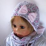 dziecko-czapka-202-szara-w-rozowe-serca-kropeczki-jasnorozowa-z-kokarda-niemowleca-profilowana-z-troczkami-wiazanakomplet-chustka-02