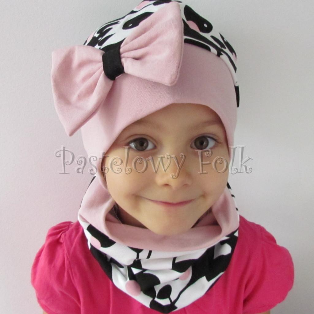 dziecko-czapka-212b-bialo-czarne-pandy-z-rozowymi-policzkami-rozowa-duza-kokarda-dresowa-dzianina-komplet-komin-chustka-01
