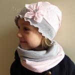 dziecko-czapka 38-dzianinowa dla dziewczynki, różowa w białe kropki szara falbanka retro kwiatek-01