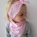 dziecko-czapka 66h-opaska chusteczka dzianinowa dziecieca różowa a w brązowe serduszka, z kokardką komplet-06
