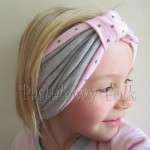 dziecko-czapka 66i-opaska dwustronna dzianinowa dziecieca różowa a w serduszka, szara, szeroka z funkcją chusteczki, komplet komin-13
