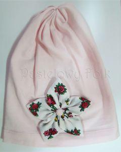 dziecko-czapka dla dziewczynki 02-retro folkowa folk dzianinowa wiosenna jesienna pastelowa różowa kwiatek różowe kwiatuszki różyczki biały tybet góralska zielone-02