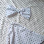 dziecko-kocyk 06- polar minky kremowy ecru, 75x100,biały w beżowe kropki, duża kokarda -05
