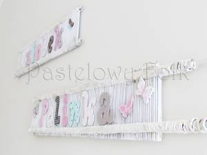 dziecko-literki 01-pastelowe kropeczki kwiatuszki ręcznie malowane krosna białe różowe miętowe beżowe -04