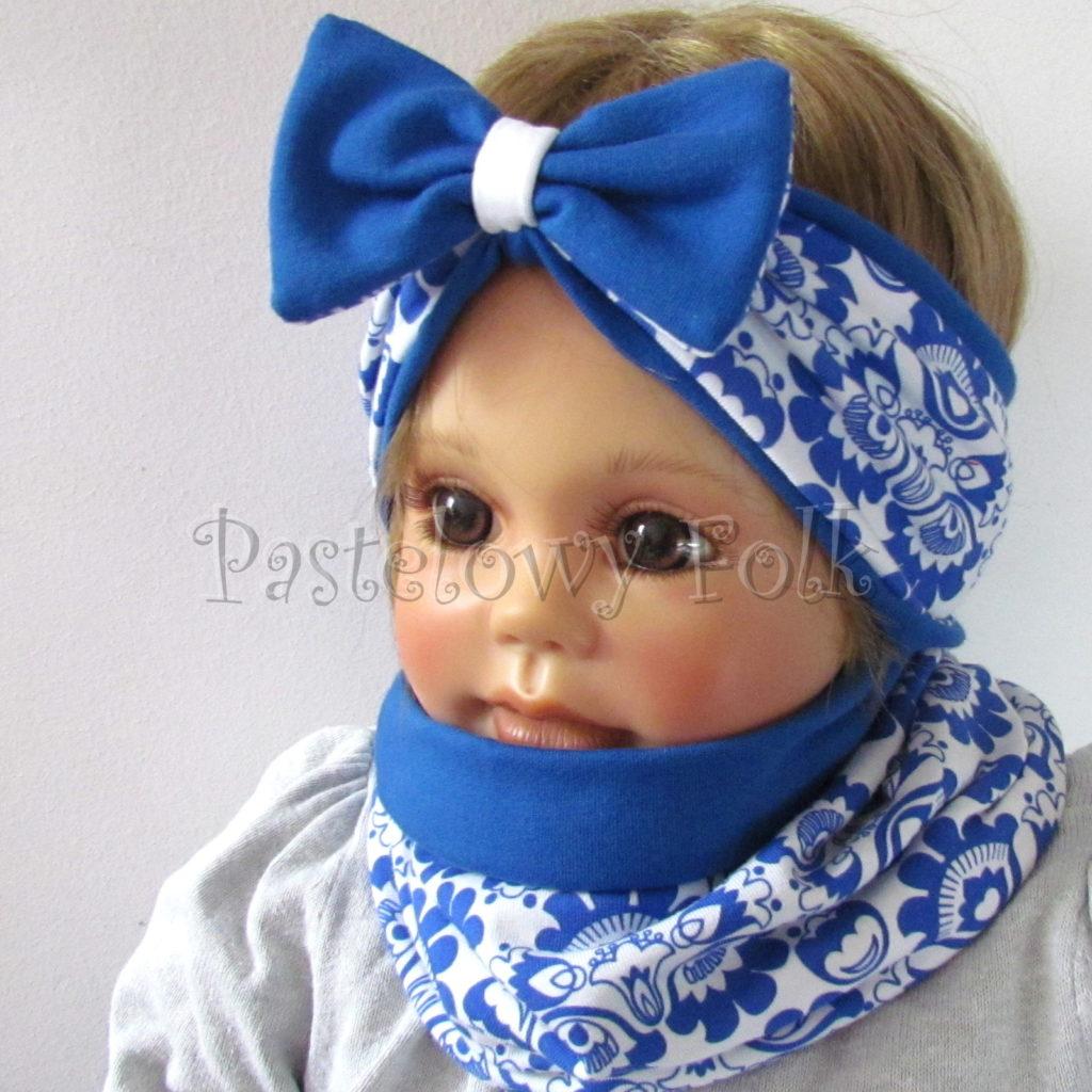dziecko-opaska-175-biala-chabrowa-niebieska-folkowy-ludowy-wzor-kwiatowy-z-kokarda-komplet-chustka-01
