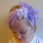 dziecko-opaska 43 - fioletowa z białym kwiatem piórka woal siateczka retro -10