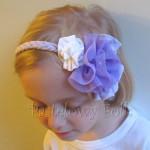 dziecko-opaska 45 - fioletowa warkocz z dużymi kwiatami ecru fiolet perełka retro -03