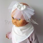 dziecko-opaska 69- ecru biala kremowa dzianinowa z toczkiem, woal. tiul, perelka chrzest-01