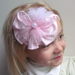 dziecko-opaska 77B- warkocz retro, rozowa, jasnorozowa, biala z duzym kwiatem, koronka, tiul, perelka-02