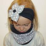dziecko-opaska 90- komin czapka komplet, granatowa z kwiatem szarym w biale kropki groszki -01