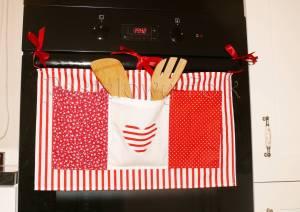 dziecko-organizer 01- pomocnik szyty czerwono-biały dziecięcy pokój kuchnia groszki kropki paseczki łączka 50x30cm-05