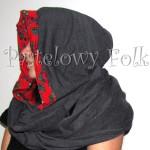kobieta-komin 01- duży kaptur folk, narzutka, dzianinowy szal, motyw góralski ludowy czerwony szary grafitowy 04