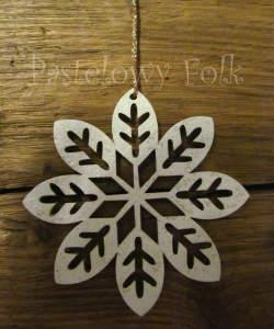 SWIETA choinka-zawieszka 07_ drewniana śnieżka bombka gwiazda brokat zimowa świąteczna biała perłowa _02 2