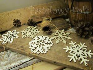 SWIETA choinka-zawieszka 07_ drewniana śnieżka bombka gwiazda brokat zimowa świąteczna biała perłowa _05 2