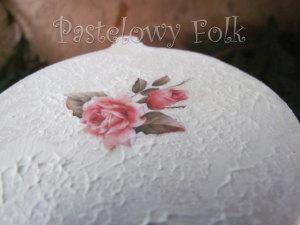 SWIETA choinka-zawieszka 11_ drewniana bombka kwiaty decoupage brokat zimowa świąteczna biała perłowa_02