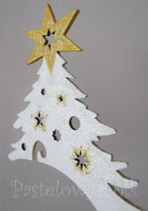 SWIETA-stojak na bombke 01-biała choinka wieszak drewniany świąteczny-02