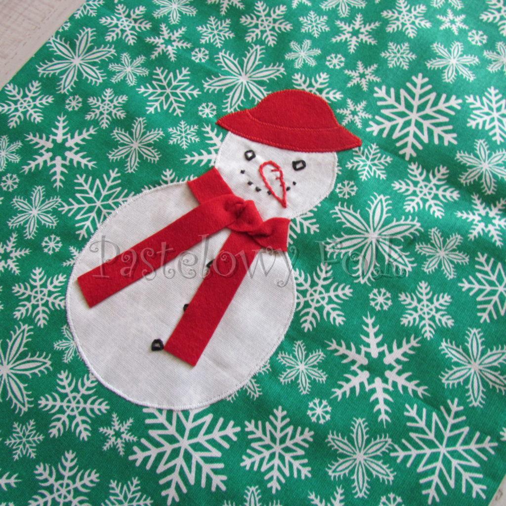 swieta-worek-pod-choinke-18_-eko-torba-na-prezenty-swiateczny-ekologiczny-bawelniany-eco-zielony-w-sniezki-z-balwankiem-w-czerwonym-kapeluszu-03