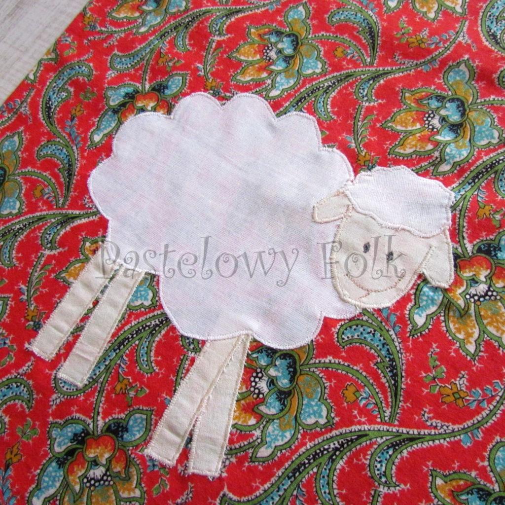 swieta-worek-pod-choinke-23_-eko-torba-na-prezenty-swiateczny-ekologiczny-bawelniany-eco-czerwony-wzor-z-owca-biala-03