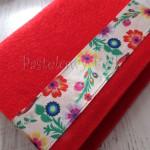 Album na zdjęcia czerwony z folkowymi kwiatami (M)