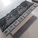 Album na zdjęcia szary z czarną koronką (M)