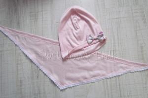 dziecko-chusteczka dla dziewczynki 10-chustka pastelowa jasnoróżowa dzianinowa  z koronką 01