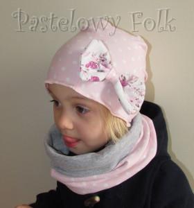 dziecko-czapka 39-dzianinowa dla dziewczynki,  różowa w białe kropki retro kokarda-01