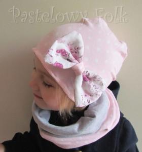 dziecko-czapka 39-dzianinowa dla dziewczynki,  różowa w białe kropki retro kokarda-02