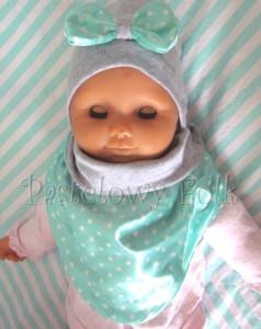 dziecko-czapka dla dziewczynki 13-retro pastelowa szara dzianinowa wiosenna jesienna  czapeczka,  kokardka miętowa w kropki białe dla dziecka-02