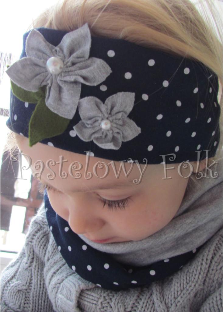 dziecko-opaska dla dziewczynki 17- granatowa retro w białe kropki kropeczki groszki kwiat kwiatki szare, perełki listki-02