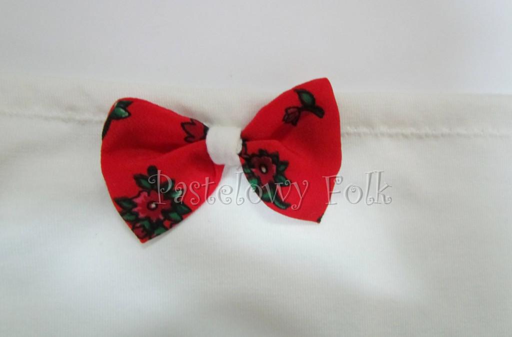 dziecko-chusteczka dla dziewczynki 04-chustka na głowę pod szyję retro folk folkowa góralska dzianinowa ecru biała kokardka czerwony tybet kwiatuszki-02