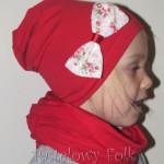 dziecko-czapka 27-beanie dzianinowa dla dziewczynki, czerwona z kokardką w róże -02
