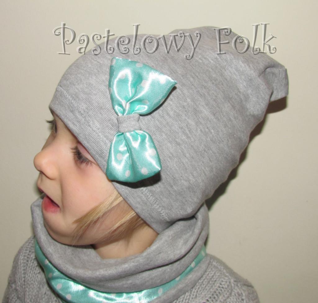 dziecko-czapka dla dziewczynki 22-retro pastelowa szara dzianinowa wiosenna jesienna  czapeczka,  kokardka miętowa w kropki białe-01