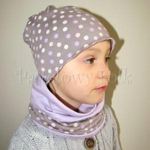 dziecko-czapka 29-beanie dzianinowa dla dziewczynki, beżowa w fioletowe i różowe groszki -05