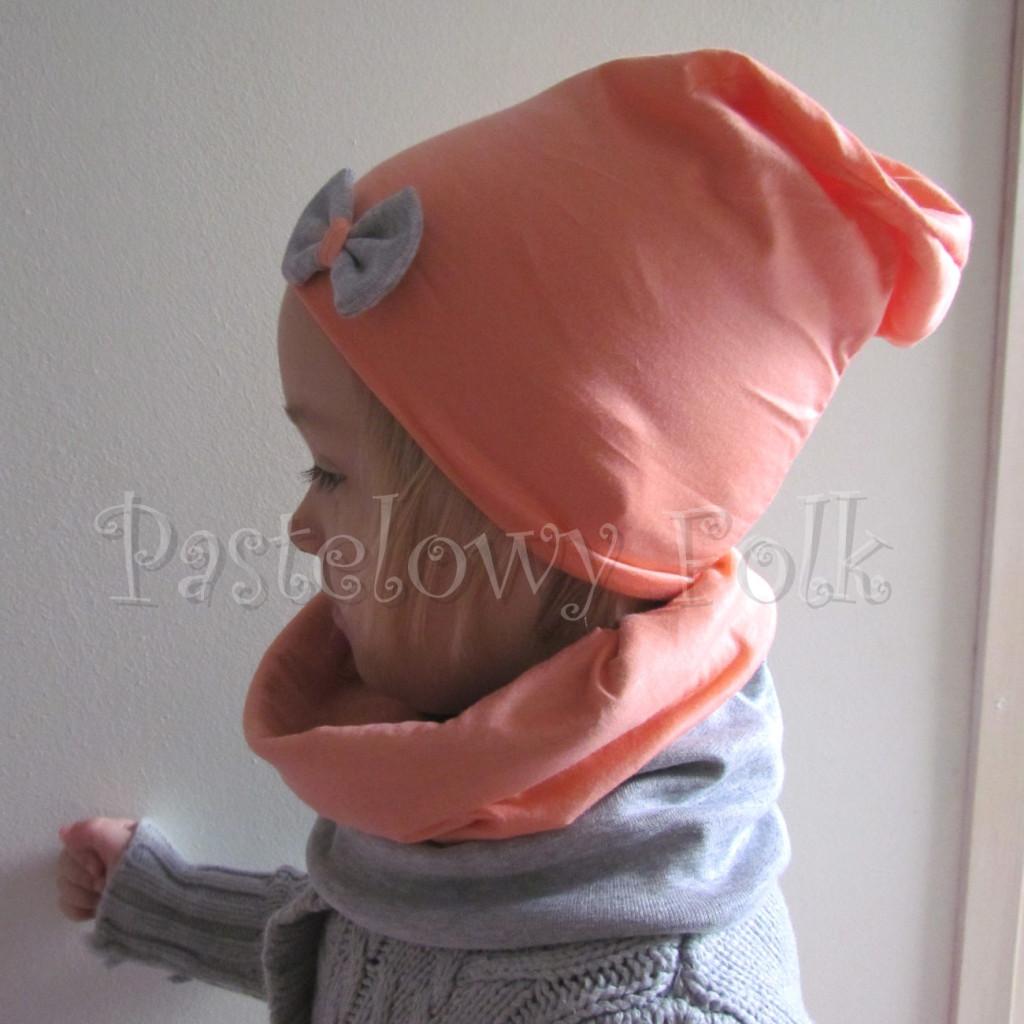 dziecko-czapka 31-beanie dzianinowa dla dziewczynki, łosowiowa pomarańczowa z szara kokardka -06