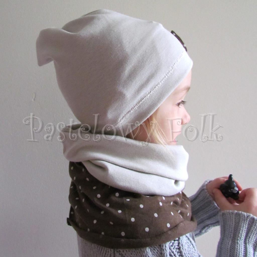 dziecko-czapka 32-beanie dzianinowa dla dziewczynki,  piaskowa beżowa szara z brązowa kokardka w kropki-04