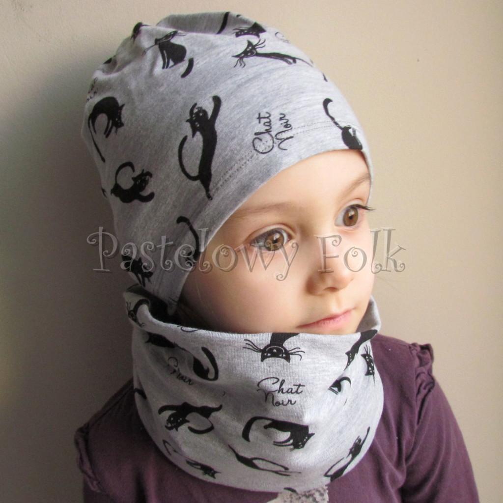 dziecko-czapka 37b- komin szary w czarne koty, dzianinowy dwustronny, chlopiec, dziewczynka -02
