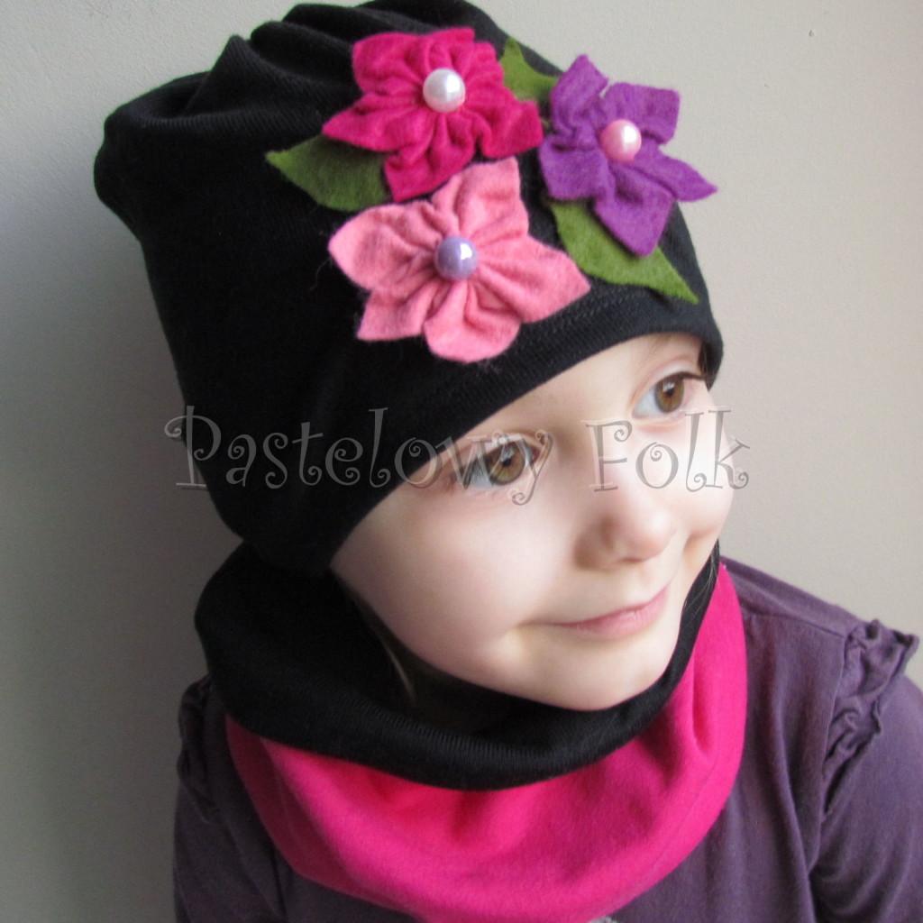 dziecko-czapka 38- komin czarny fuksja, różowe kwiaty filcowe, dzianina, dziewczynka _06