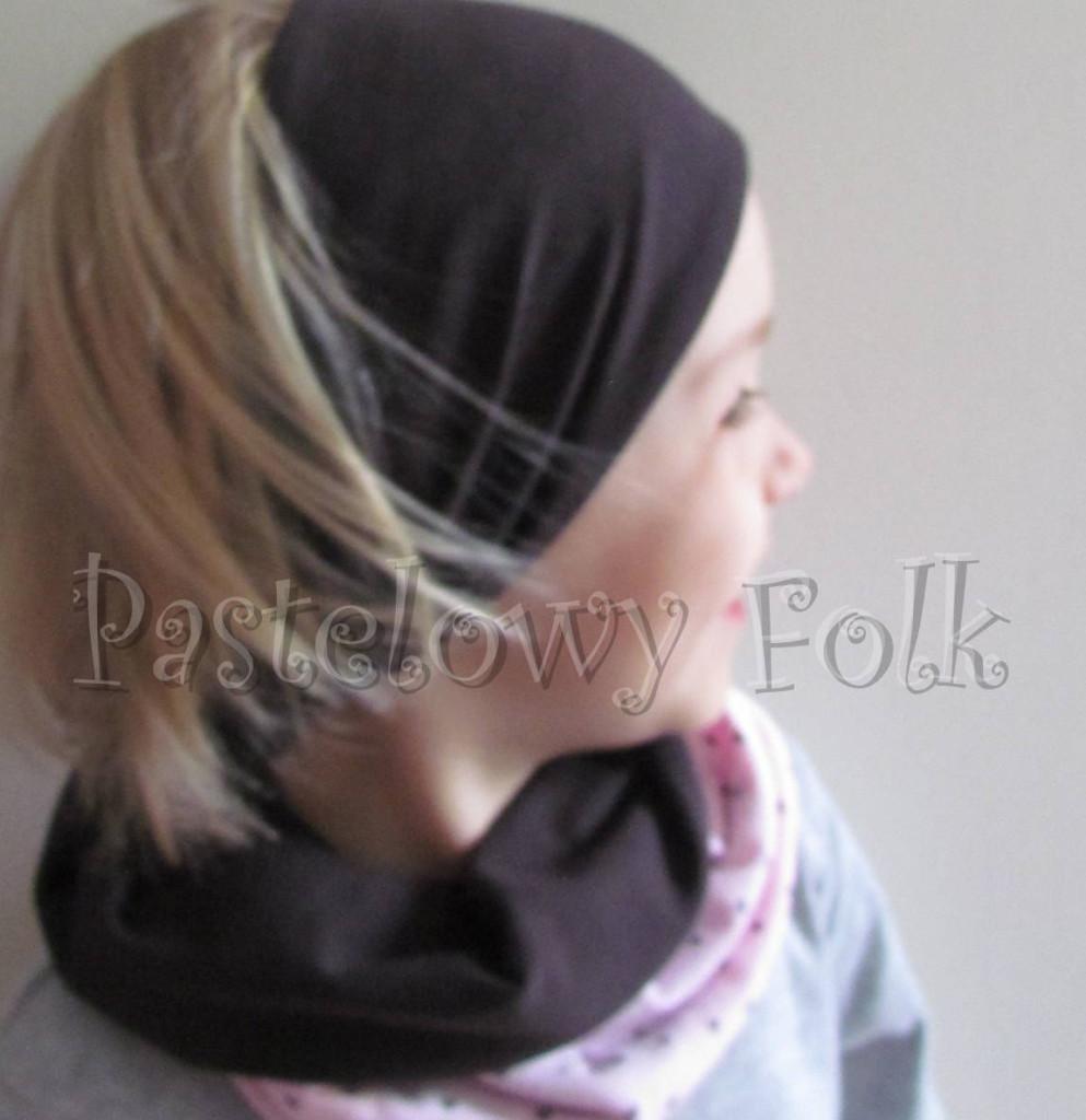 dziecko-czapka 66e-opaska dwustronna dzianinowa dziecieca różowa a w serduszka, brązowa, komplet komin-08